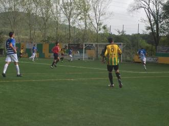 Poti segueix la jugada en la victòria del Begues 5-2 contra el Suburense B