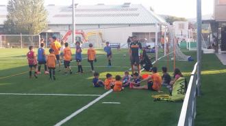 Tot el futbol base del @CFBEGUES ja ha començat els entrenaments. Seguim treballant per a formar jugadors i sobretot persones! Animeu-vos i veniu a apuntar-vos!