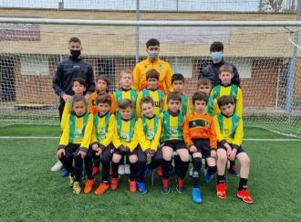 El Prebenjamí va debutar ahir en la lliga del Consell Comarcal, on jugarà contra 9 equips fins a principis de juny. A gaudir del futbol, equip!!